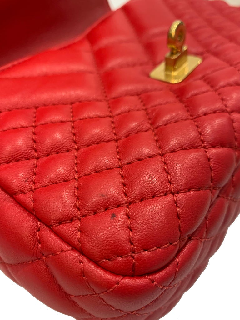 Versace Small Red Quilted Leather Icon Shoulder Bag with Gold Tone Chain For Sale 2