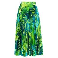 Versace Spring 2020 Verde Jungle Print Pleated High Rise Midi Skirt Size 38
