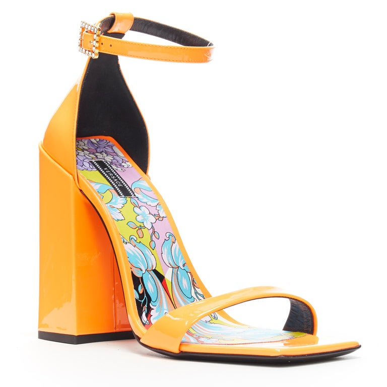 VERSACE SS19 Runway neon orange open toe square chunky heel sandals EU40 Brand: Versace Designer: Donatell Versace Collection: Spring Summer  2019 Model Name / Style: Chunky heel sandals Material: Patent leather Color: Orange Pattern: Solid Closure: