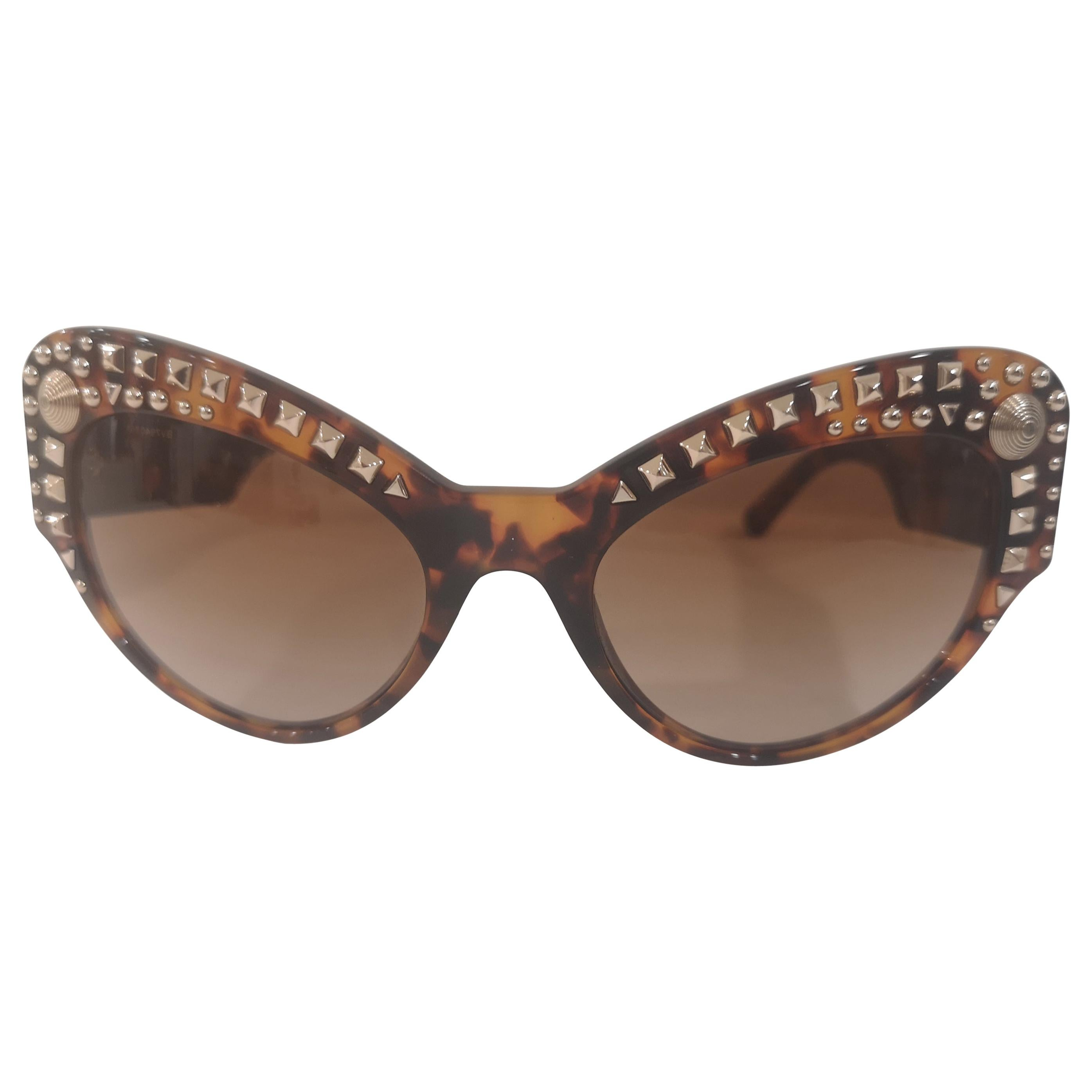 Versace tortoise gold studs Sunglasses NWOT