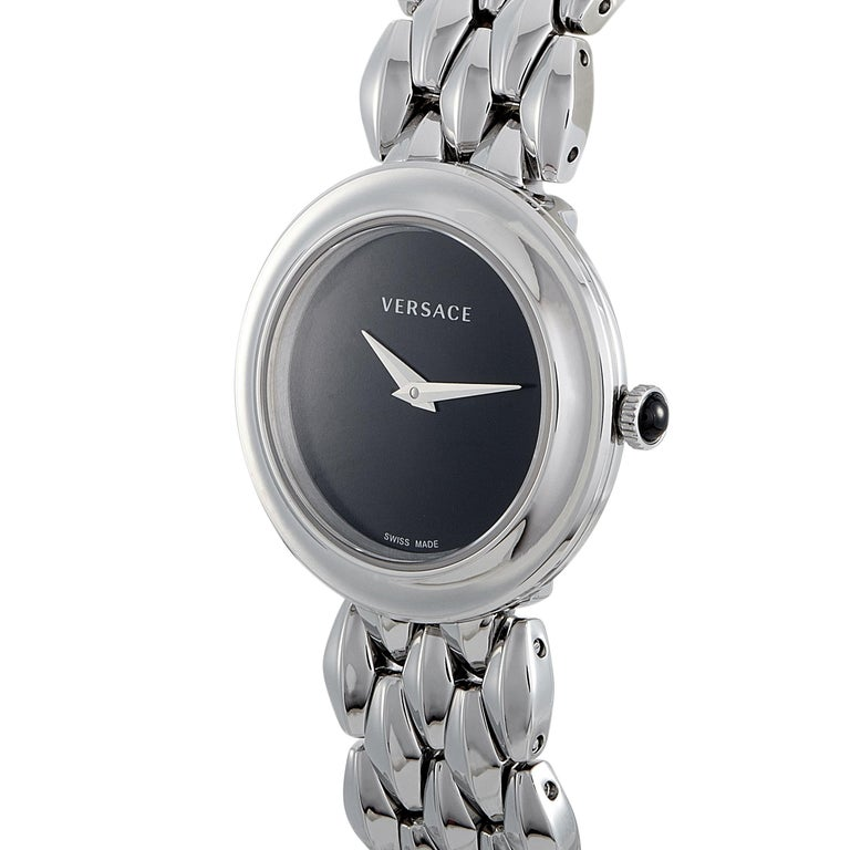 The Versace V-Flare watch, reference number VEBN00618, boasts a 28 mm stainless steel case that is presented on a matching stainless steel bracelet. This model is equipped with a quartz movement and indicates hours and minutes on the black dial. The