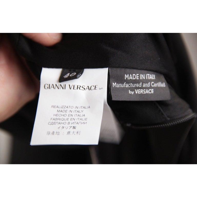 VERSACE V Neck LITTLE BLACK DRESS Sheath w/ Drape Front SIZE 40 For Sale 5