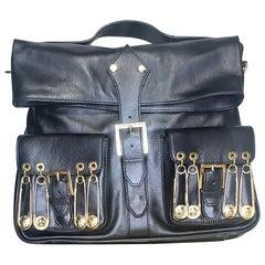 VERSACE VERSUS BLACK GOLD-PLATED PINS HANDBAG/SHOULDER Bag