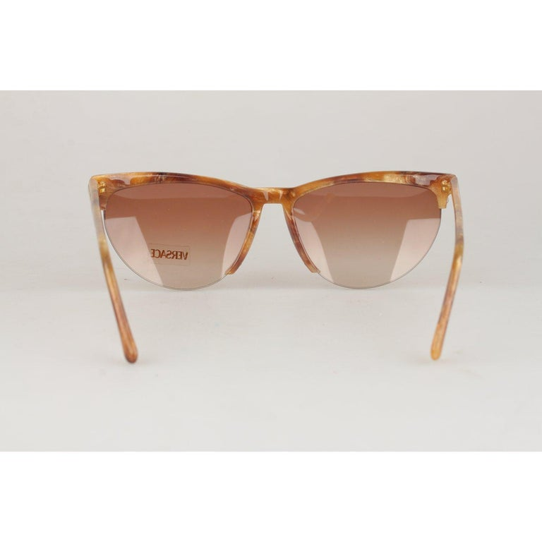 Women's Versace Vintage Cat-Eye Sunglasses 391 Col 928 60mm For Sale
