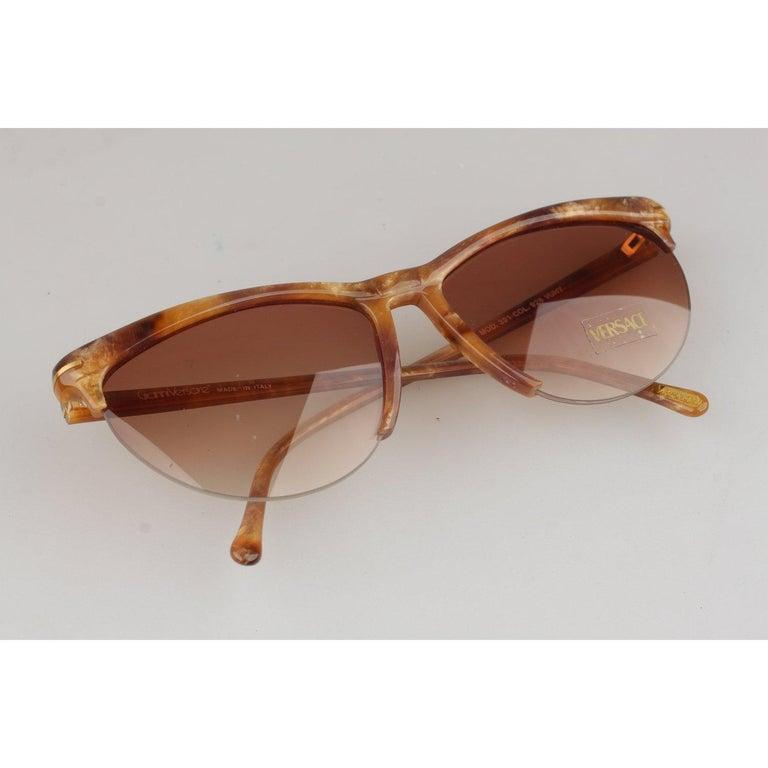 Versace Vintage Cat-Eye Sunglasses 391 Col 928 60mm For Sale 1