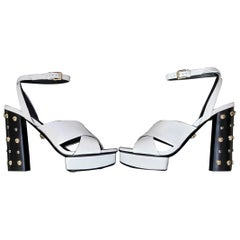 VERSACE WHITE LEATHER SANDALS SHOES with GOLD MEDUSA STUDS 38.5 - 8.5