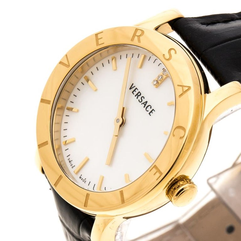 Versace White Mother of Pearl Gold Plated Steel VQA Women's Wristwatch 33 mm In New Condition For Sale In Dubai, Al Qouz 2