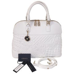 VERSACE WHITE QUILTED LEATHER HANDBAG/Shoulderbag