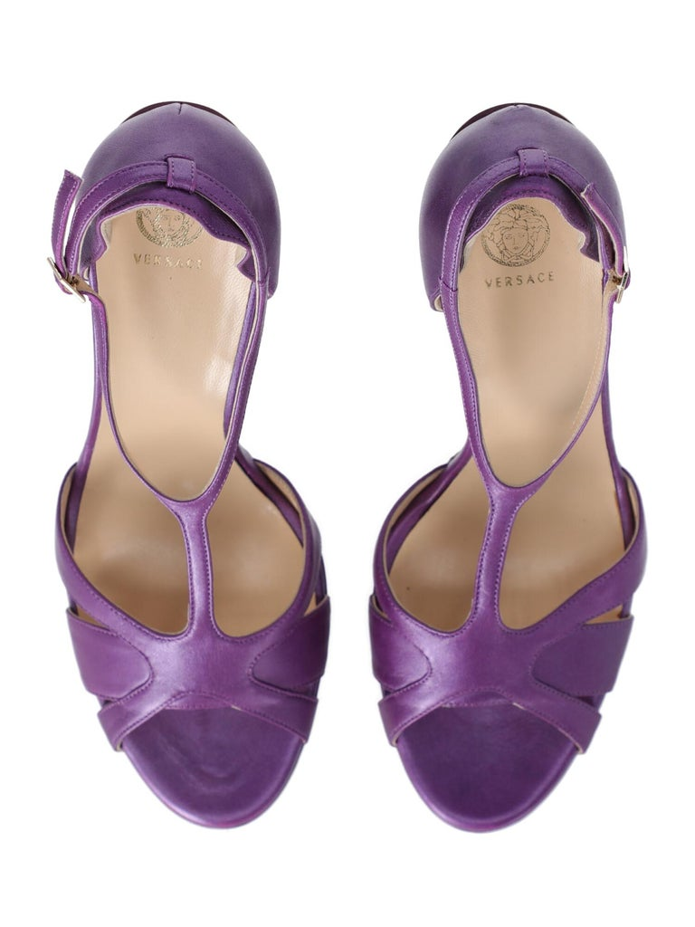 Women's Versace Woman Sandals Purple IT 41 For Sale