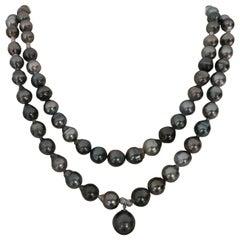 Versatile and Elegant Tahiti Pearl Necklace