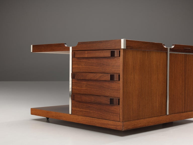 Late 20th Century Versatile Italian Side Table on Wheels with Dry Bar in Walnut For Sale