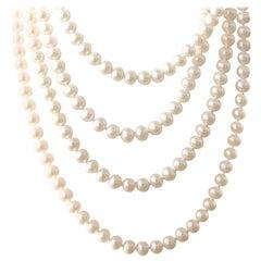 Versatile Single Strand Pearl Necklace