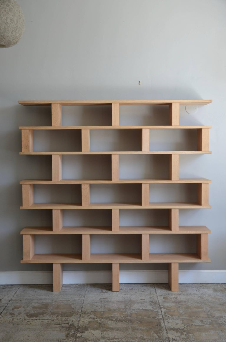 Chic 'Verticale' polished oak shelving unit by Design Frères.
