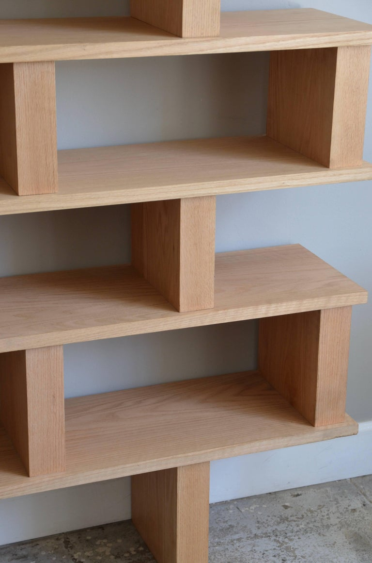 'Verticale' Polished Oak Shelving Unit by Design Frères In Excellent Condition For Sale In Los Angeles, CA