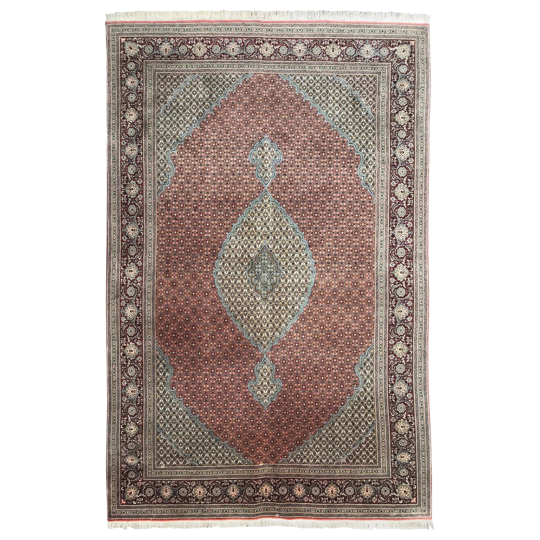 Very Beautiful and Fine Vintage Tabriz Rug