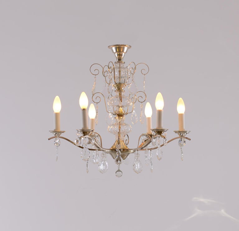 Very Charming and Elegant 1950s Mid Century Modern Crystal Chandelier -Original For Sale 1