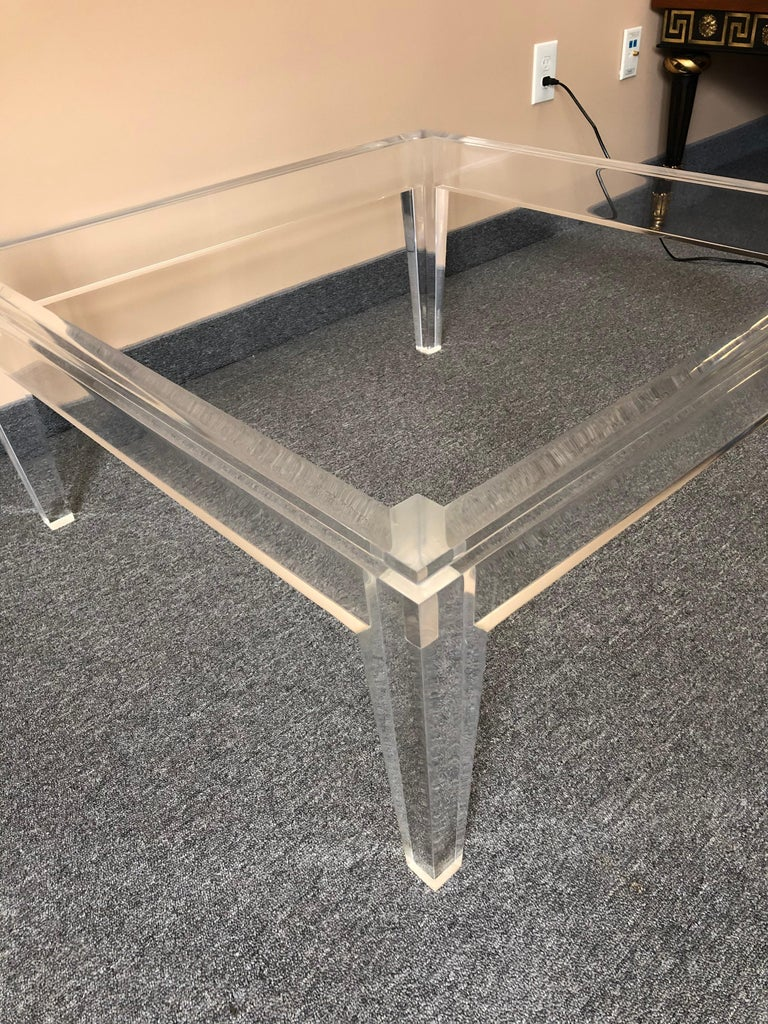 Late 20th Century Very Chic Mid-Century Modern Lucite and Marble Coffee Table For Sale