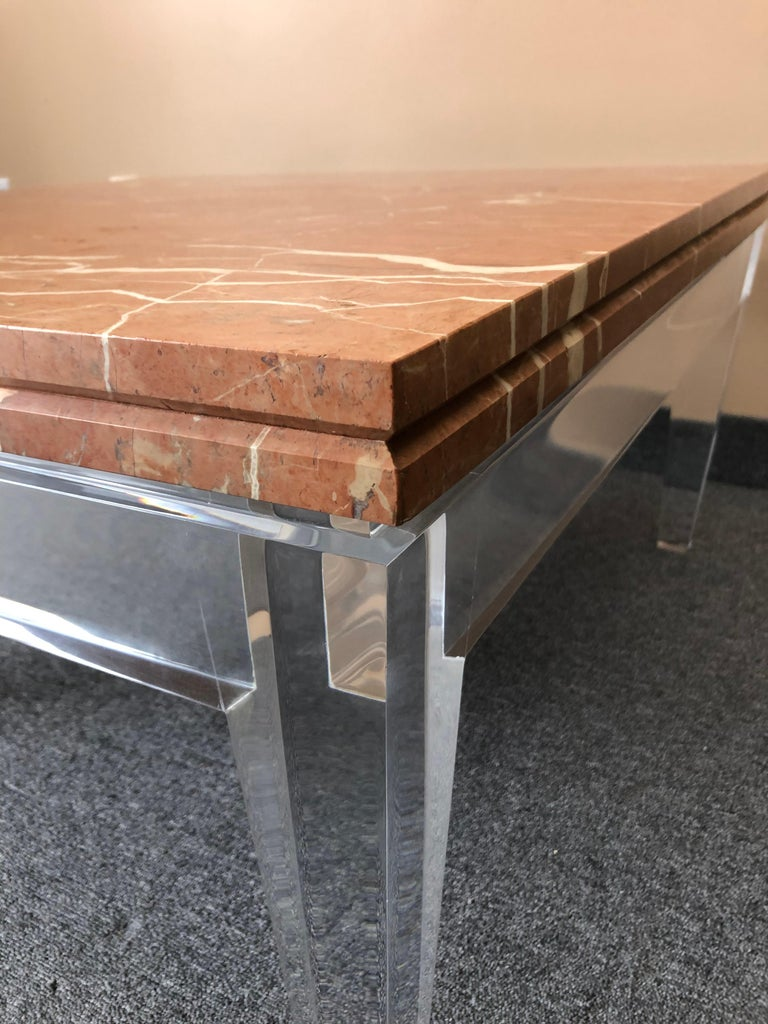 Very Chic Mid-Century Modern Lucite and Marble Coffee Table For Sale 3
