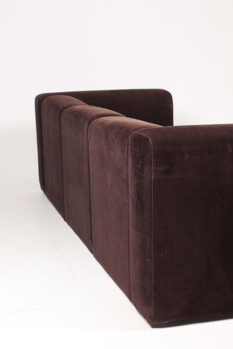 Very Comfortable Midcentury Sofa in Corduroy, 1970s For Sale 1