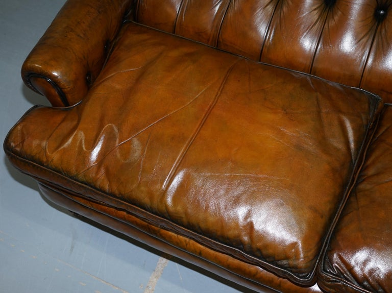 Very Comfortable Victorian Restored Howard & Son's Style Aged Brown Leather Sofa For Sale 4