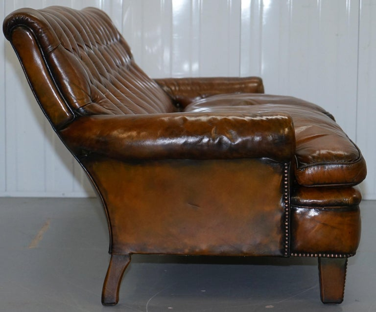 Very Comfortable Victorian Restored Howard & Son's Style Aged Brown Leather Sofa For Sale 10