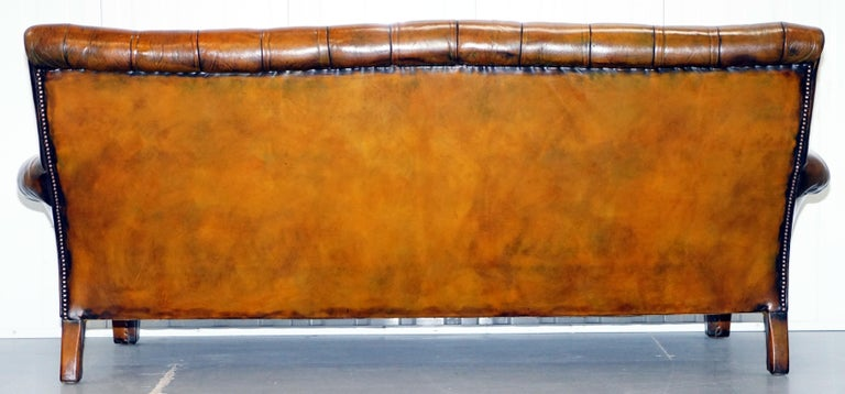 Very Comfortable Victorian Restored Howard & Son's Style Aged Brown Leather Sofa For Sale 11