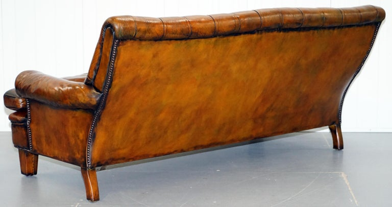 Very Comfortable Victorian Restored Howard & Son's Style Aged Brown Leather Sofa For Sale 12