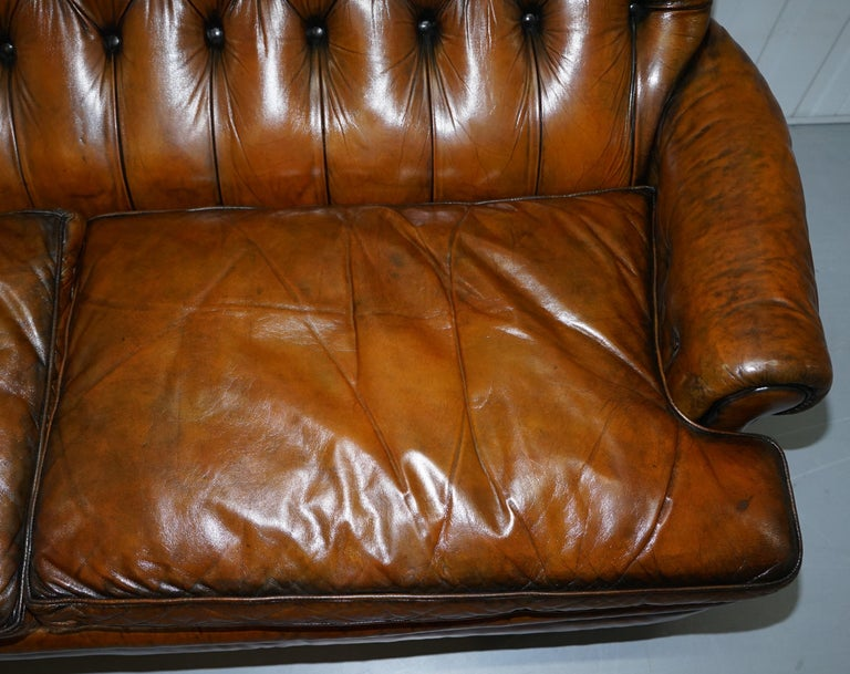 Very Comfortable Victorian Restored Howard & Son's Style Aged Brown Leather Sofa For Sale 1