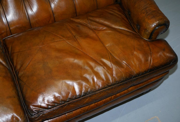 Very Comfortable Victorian Restored Howard & Son's Style Aged Brown Leather Sofa For Sale 3
