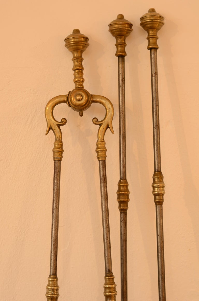 Very Decorative Set of Fire Tools, Shovel Poke and Tongs For Sale 1