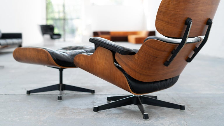 American Very Early Charles & Ray Eames Lounge Chair and Ottoman from Contura, 1957-1965 For Sale