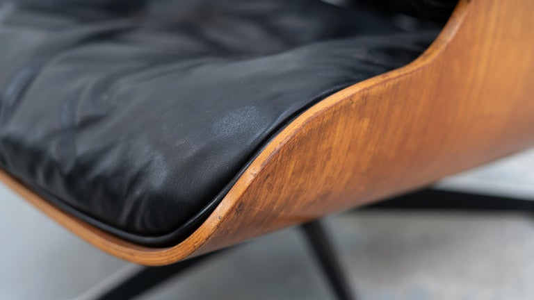 Mid-20th Century Very Early Charles & Ray Eames Lounge Chair and Ottoman from Contura, 1957-1965 For Sale