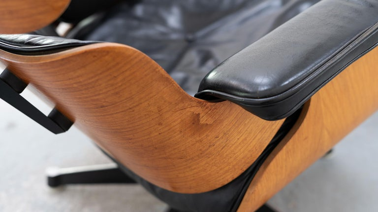 Plywood Very Early Charles & Ray Eames Lounge Chair and Ottoman from Contura, 1957-1965 For Sale