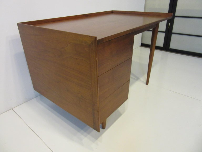 Mid-Century Modern Very Early Jens Risom Walnut Mid Century Desk Model D-140 For Sale