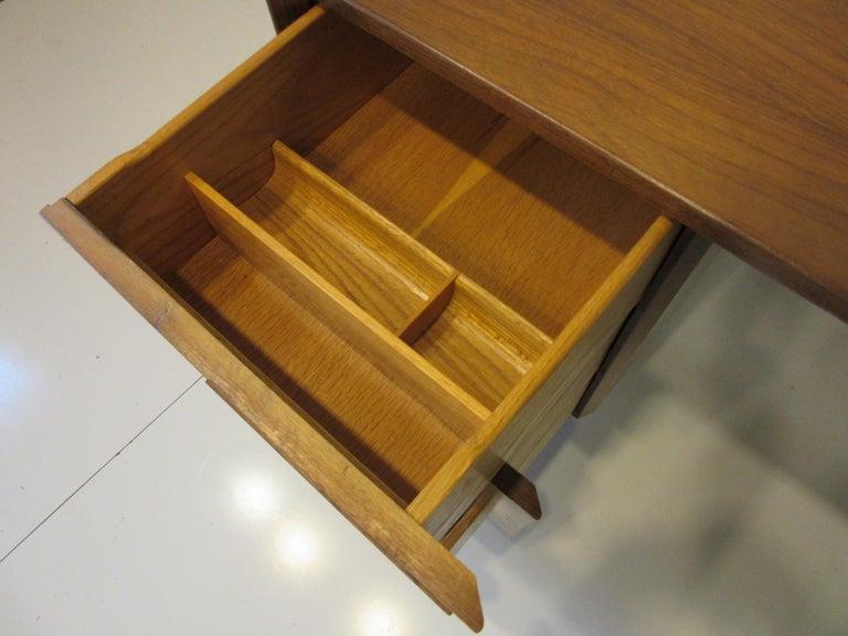 20th Century Very Early Jens Risom Walnut Mid Century Desk Model D-140 For Sale