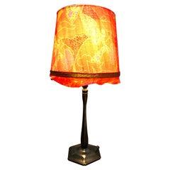 Very Elegant Antique Art Deco Table Lamp in Cast Bronze