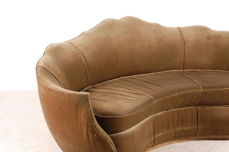 Mid-20th Century Very Elegant French Art Deco Sofa with Original Velvet Upholstery, 1930s For Sale