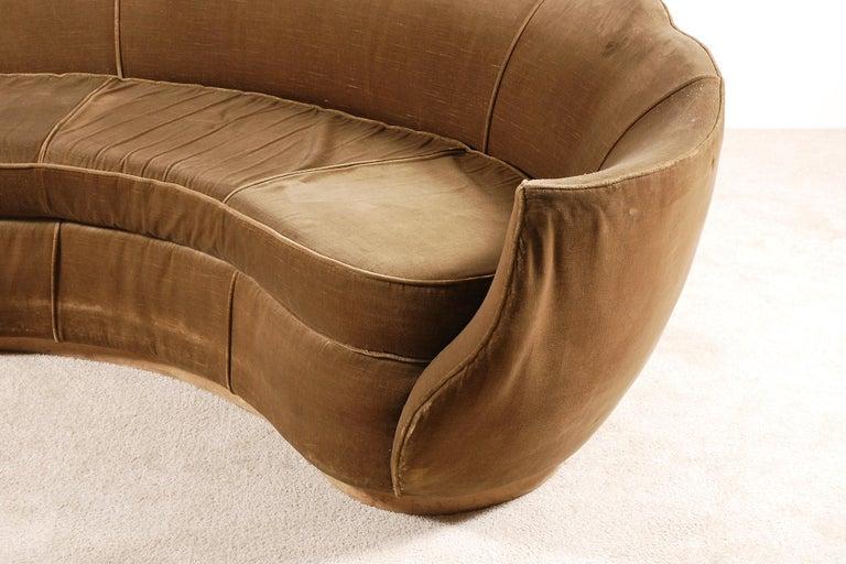 Very Elegant French Art Deco Sofa with Original Velvet Upholstery, 1930s For Sale 3