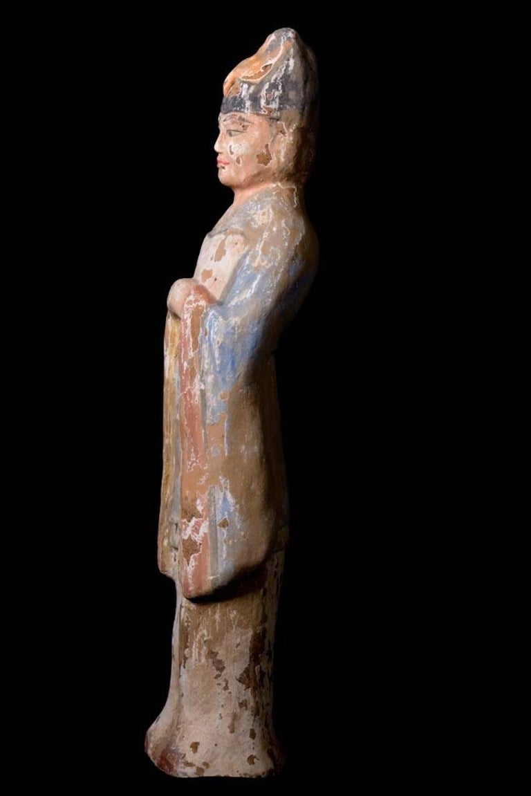 18th Century and Earlier Very Elegant Tang Dynasty Dignitary in Orange Terracotta, China '618-907 AD' For Sale