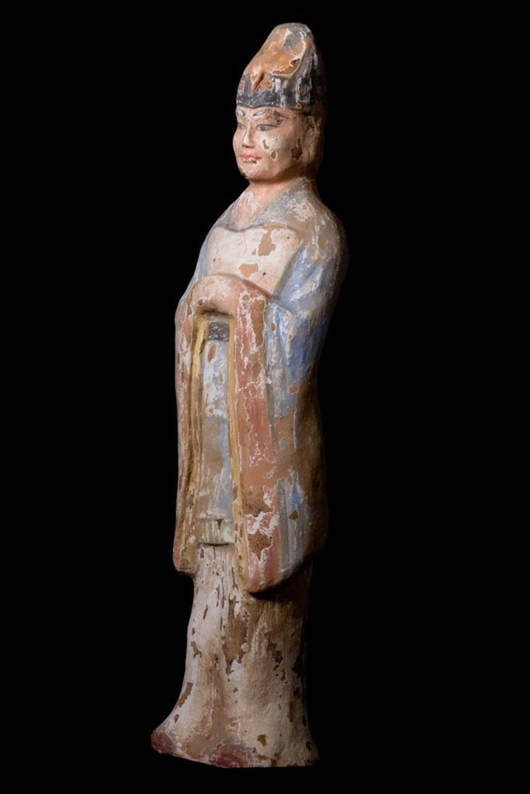 Very Elegant Tang Dynasty Dignitary in Orange Terracotta, China '618-907 AD' For Sale 1
