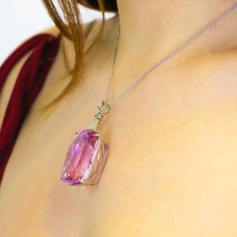 Very Fine 112 Carat Kunzite Pendant with Diamonds 0.78 Carat 18 Karat Gold For Sale 2