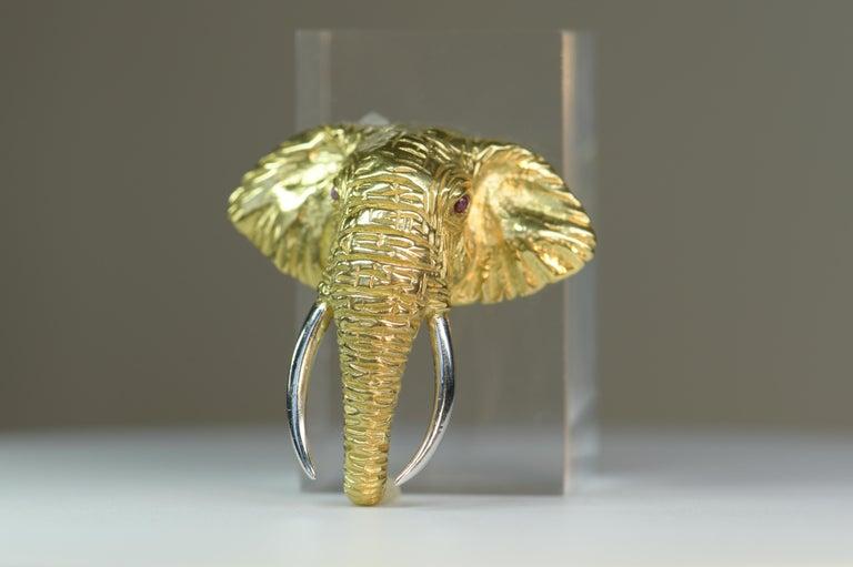 Cabochon Very Fine 18 Karat Gold Ruby Elephant Head Brooch