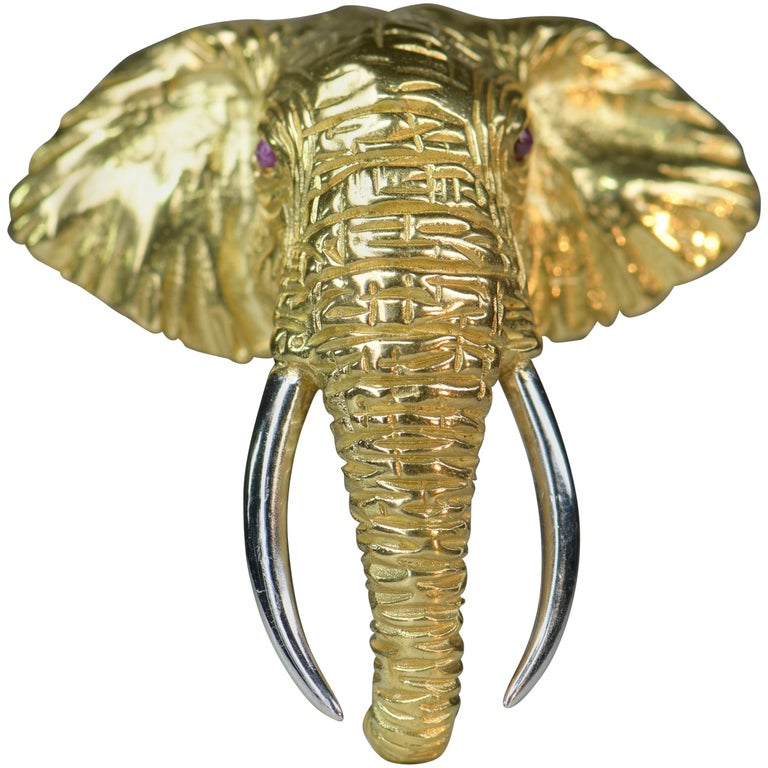 Very Fine 18 Karat Gold Ruby Elephant Head Brooch