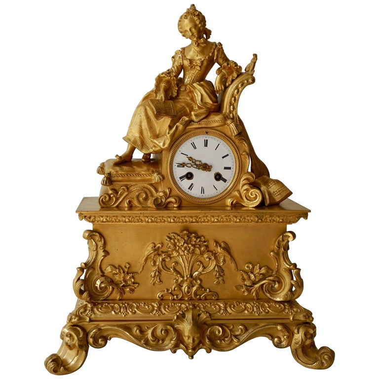 Very Fine and Elegant Fire, Gilt Bronze Mantle Clock in the Romantic Taste For Sale