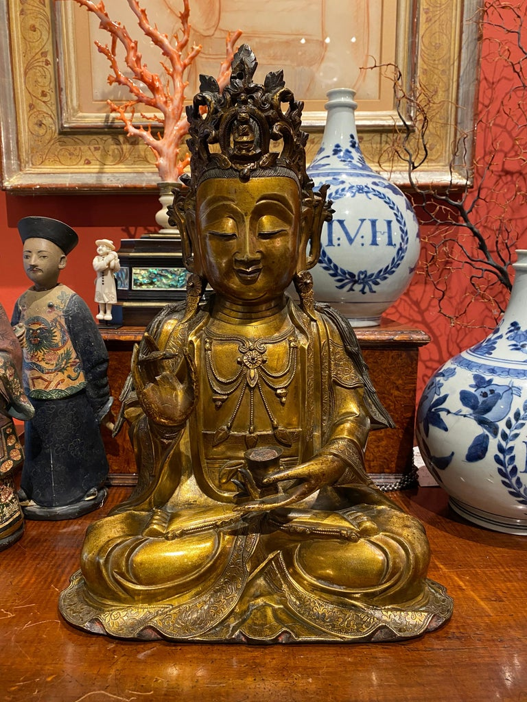 A very fine Chinese gilt bronze figure of Guanyin