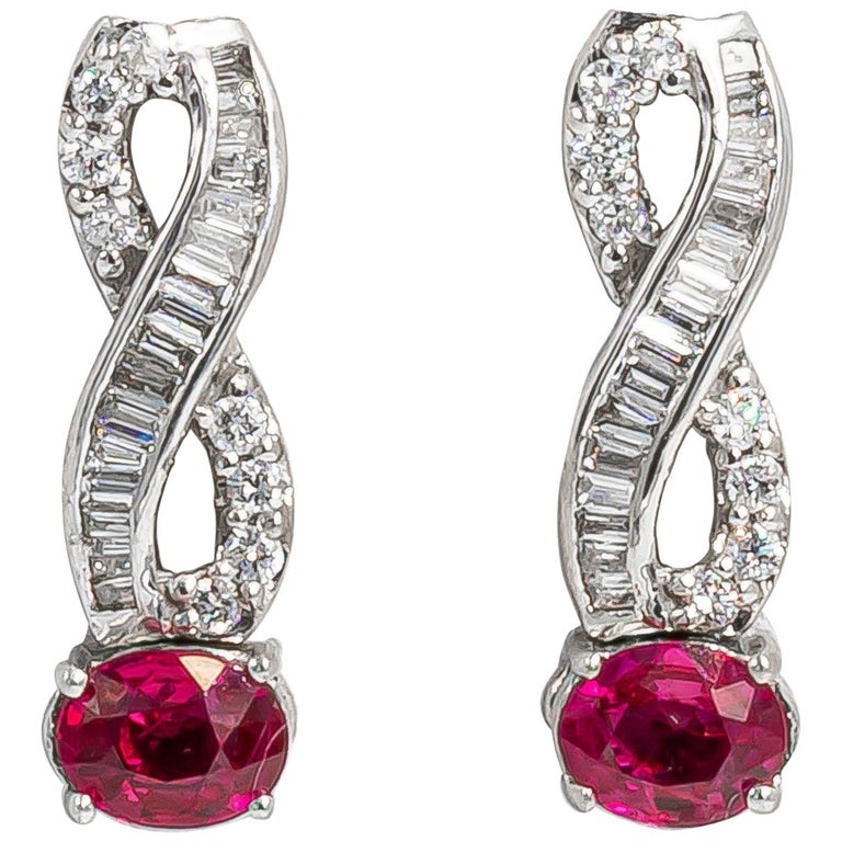 Very Fine Ruby Earrings with Diamonds 18 Karat Gold For Sale