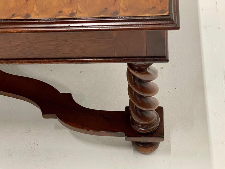 Very Handsome Italian Walnut Coffee Table with Barley Twist Legs In Good Condition For Sale In Hopewell, NJ