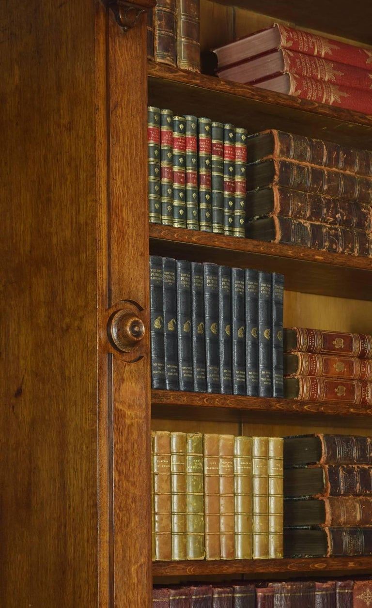 Very Large 19th Century Light Oak Bookcase In Good Condition For Sale In Cheshire, GB