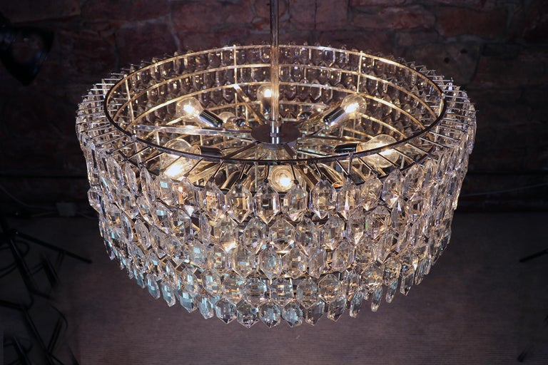 Mid-Century Modern 1950s Vienna Bakalowits & Sons Chandelier Crystal on Silver For Sale