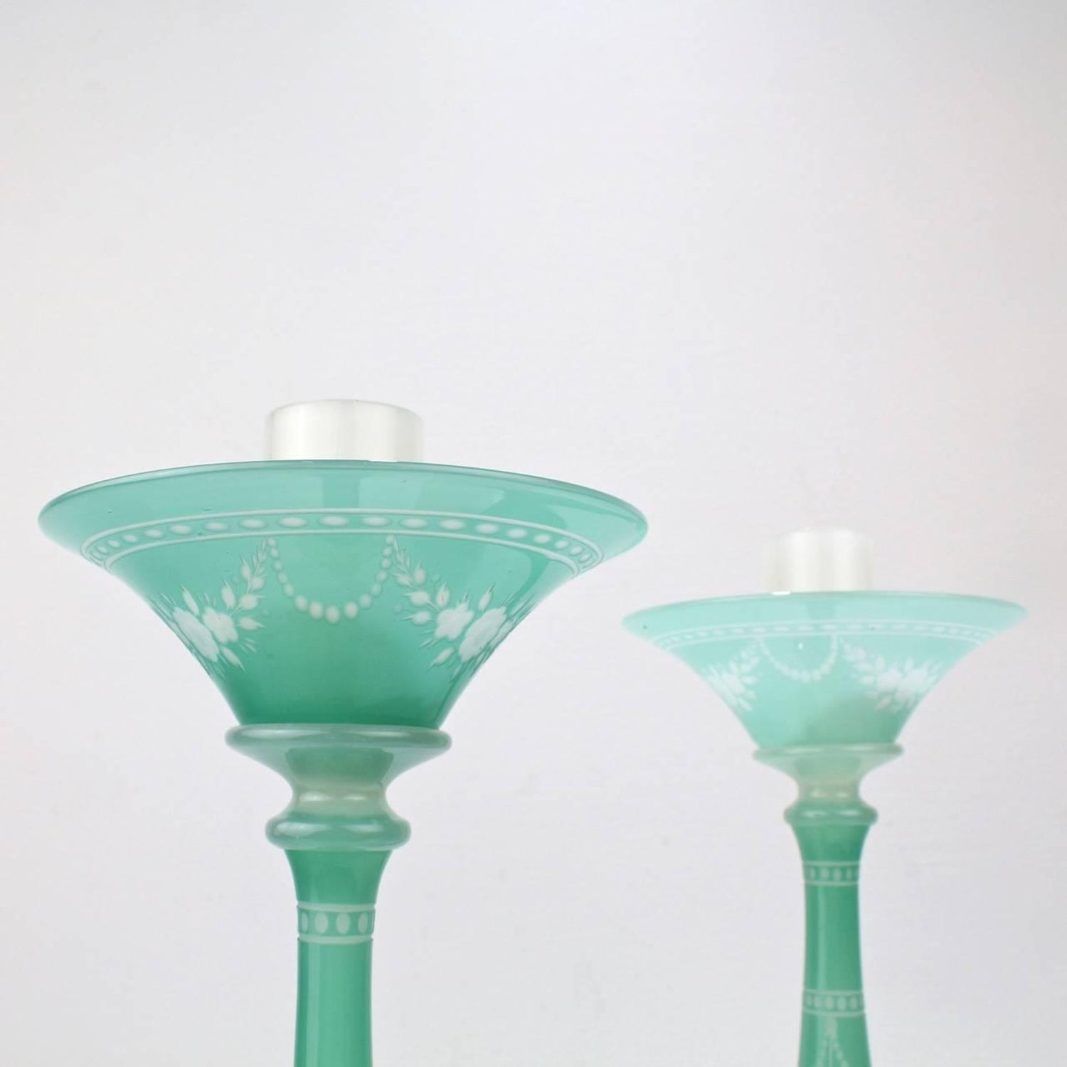 Very Large Deco Pair of Steuben Jade and Alabaster Glass York ...